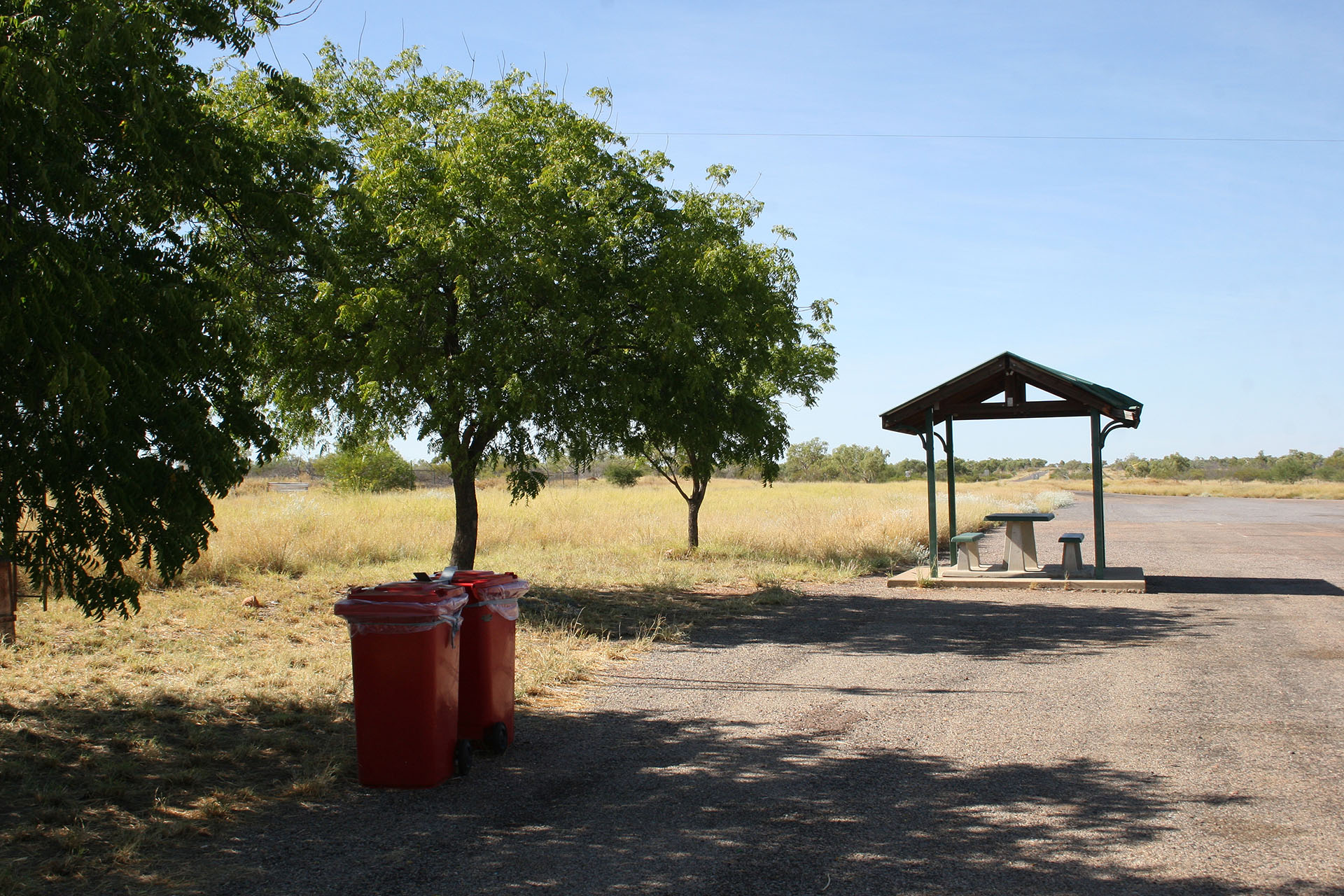 A typical rest area in Queensland. Feel free to compare with <a href=