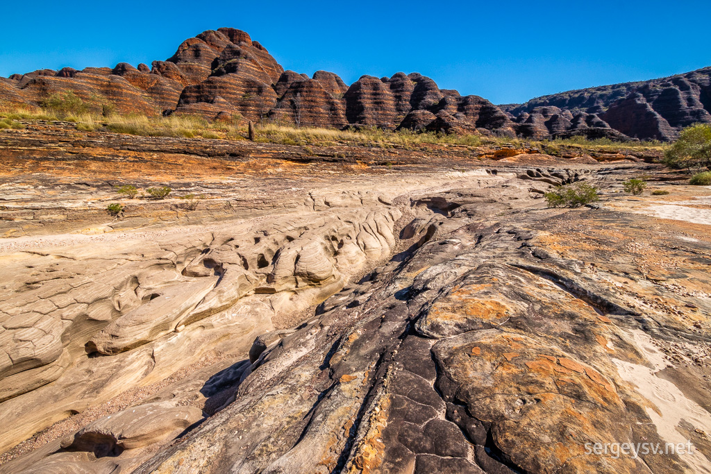 The spectacular rocky swirls.